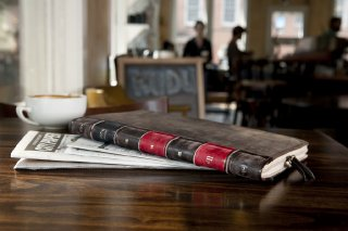 twelvesouth-bookbookair-leather-pic-01