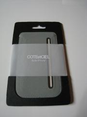 COTEetCIEL-microfibre-pouch-iphone-pic-01