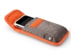 incase-iphone-pouch-pic-04