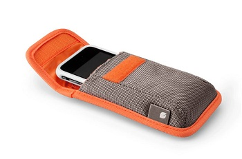 Incase iPhone Pouch (compatibile con 4S, 4, 3GS e 3G)