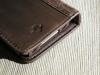 twelve-south-bookbook-iphone-4s-pic-06