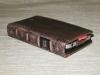 twelve-south-bookbook-iphone-4s-pic-11